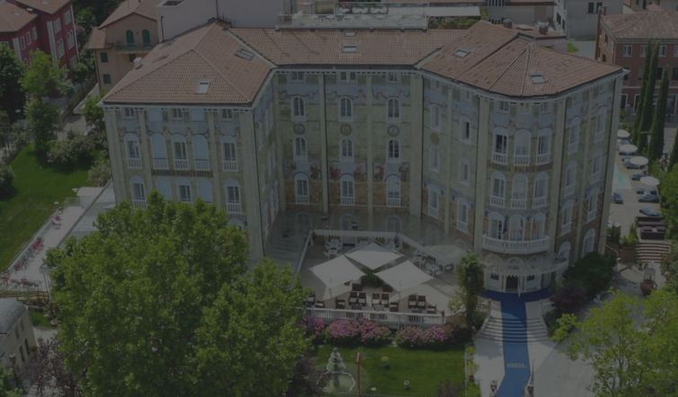 arredo-contract-Hotel-Ausonia-Hungaria-luxury-hotel-a-Venezia-2